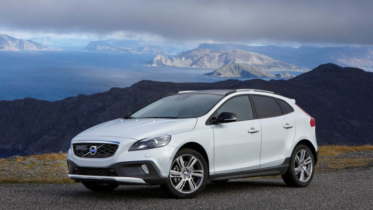 Обзор Volvo V40 Cross Country