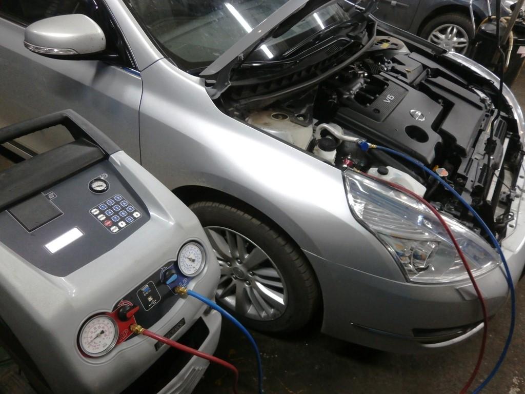 Заправка кондиционеров для автомобилей