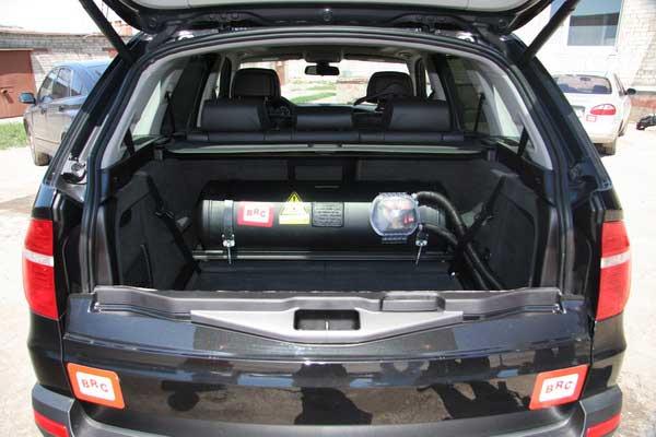 Выгодно ли заправлять автомобиль метаном