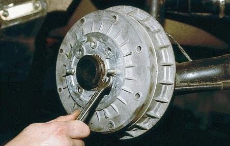 Замена тормозного цилиндра 2110