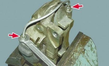 Замена тормозного цилиндра ВАЗ 2101-07