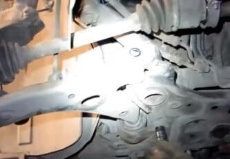 Замена переднего рычага Форд Фокус 2