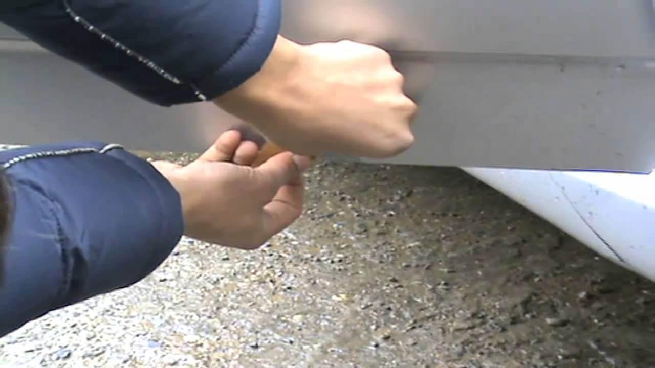 Удаление ржавчины с кузова легкового автомобиля