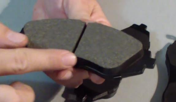 Скрип тормозных колодок