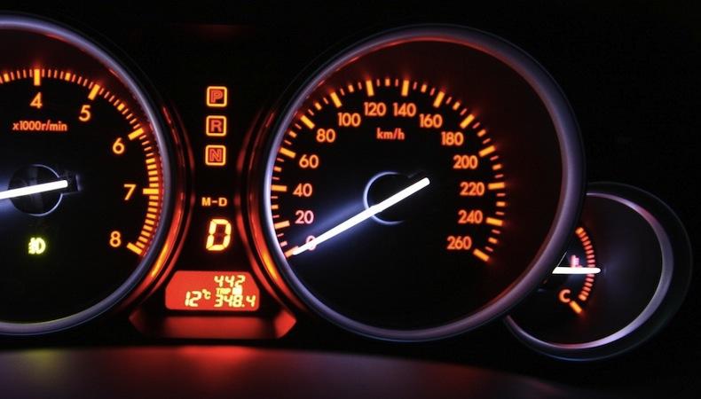 Как узнать реальный пробег автомобиля, как скрутить пробег?