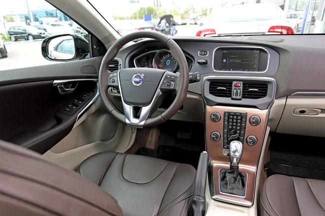 Отзывы о Volvo v40 cross country