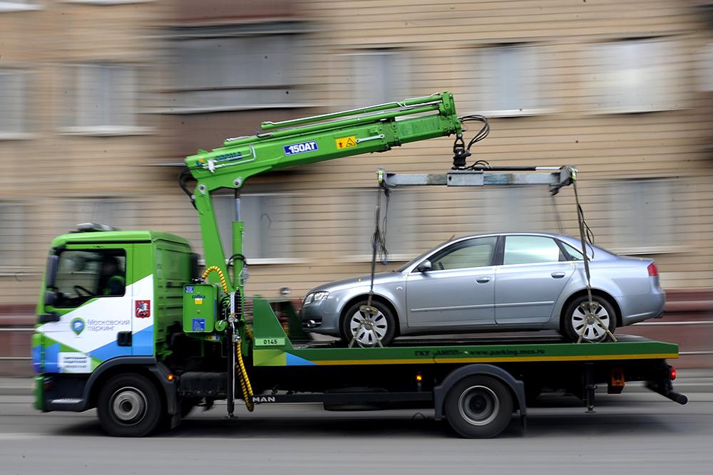Особенности эвакуации автомобиля на штрафстоянку