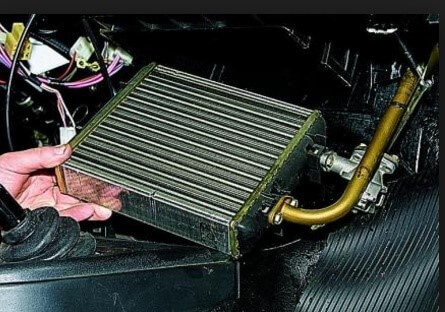 Снятие радиатора печки «Нива»