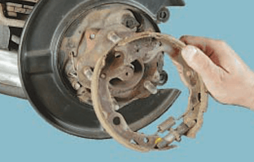 Замена колодок ручного тормоза Nissan Qashqai