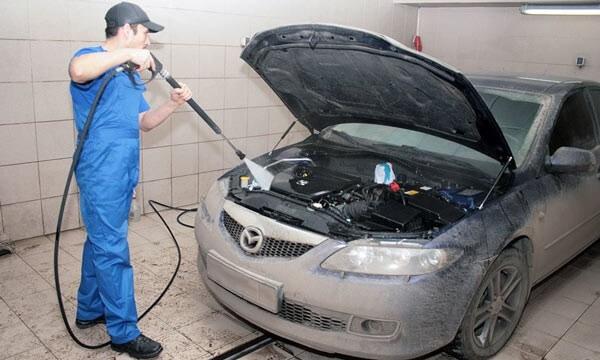 Зачем нужно мыть мотор автомобиля?