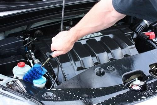 Чем помыть двигатель автомобиля в домашних условиях?