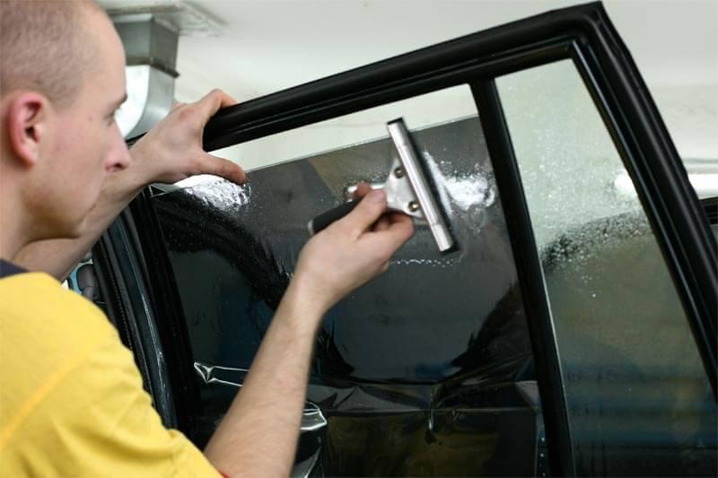 Тонировка заднего и боковых стекол автомобиля