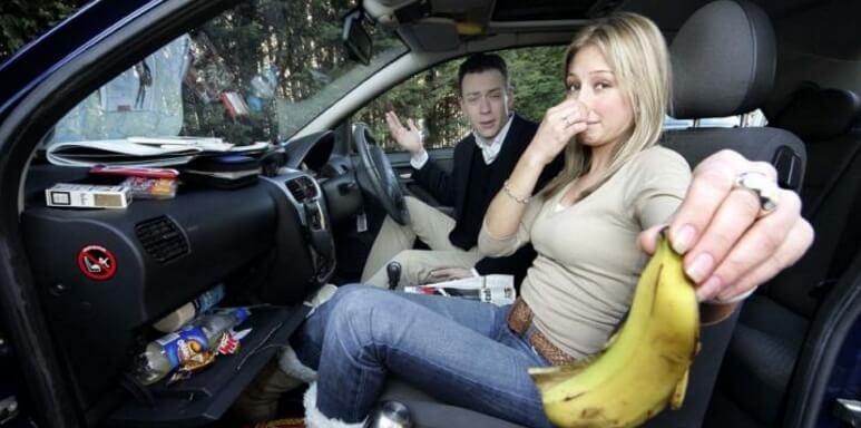 Неприятные запахи в автомобиле и методы борьбы с ними