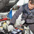 Как правильно снять аккумулятор с автомобиля: пошаговая инструкция