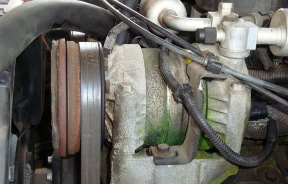 Чистка конденсора и испарителя, обслуживание системы кондиционирования